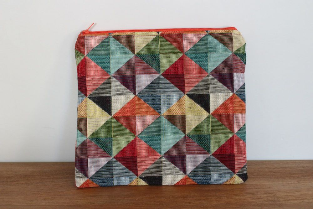 A Dorset Patchworks Bits and Bobs  Pouch (Multi-Coloured)