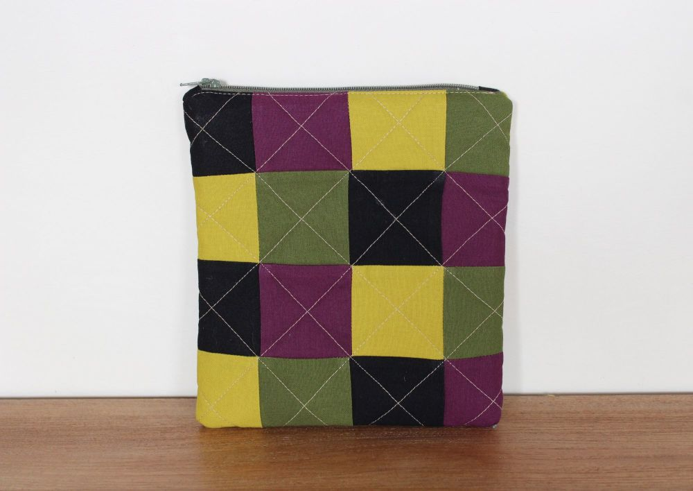 A Dorset Patchworks Bits and Bobs Quilted Pouch (All The Squares)