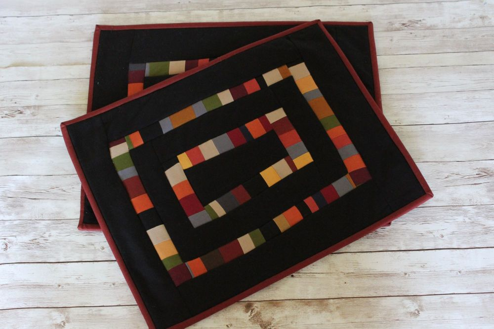 Set of Two Artisan Quilted Place Mats (Coloured Bricks)(1)