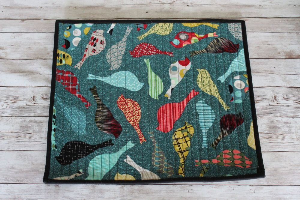 Mid Mod Birds in Teal Quilted Place Mat(7)