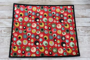 Mid Mod Circles in Red Quilted Place Mat(2)