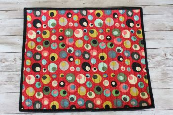 Mid Mod Circles in Red Quilted Place Mat(7)