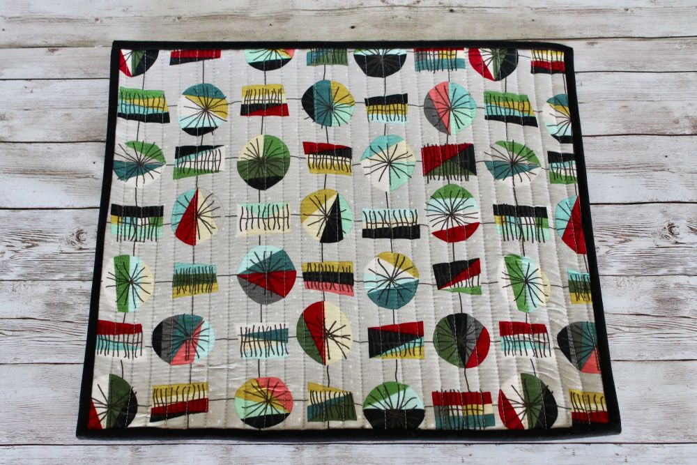 Mid Mod Main in Grey Quilted Place Mat(2)