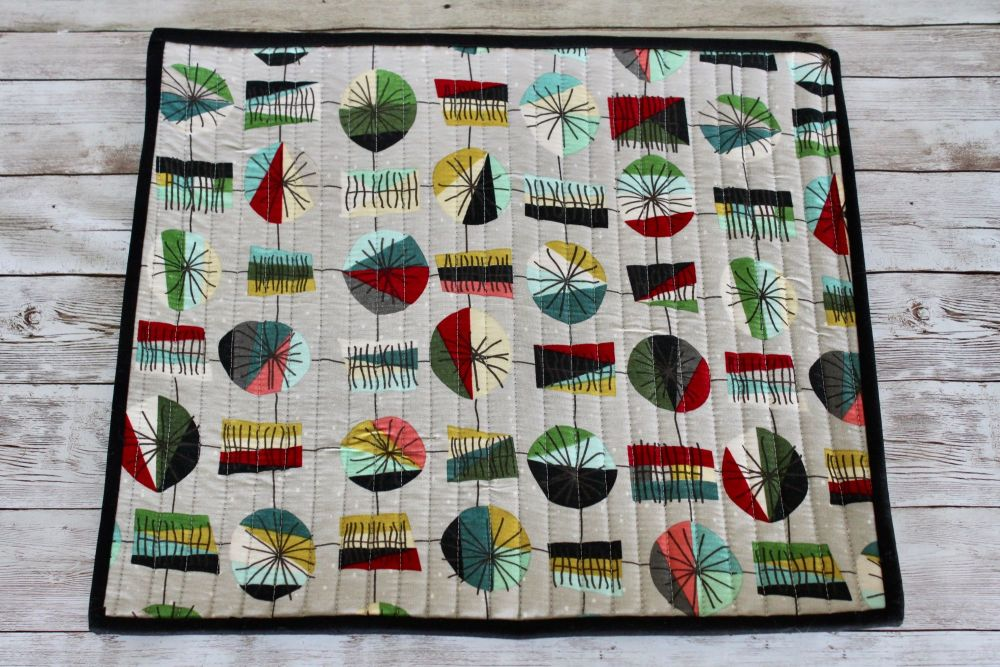 Mid Mod Main in Grey Quilted Place Mat(8)