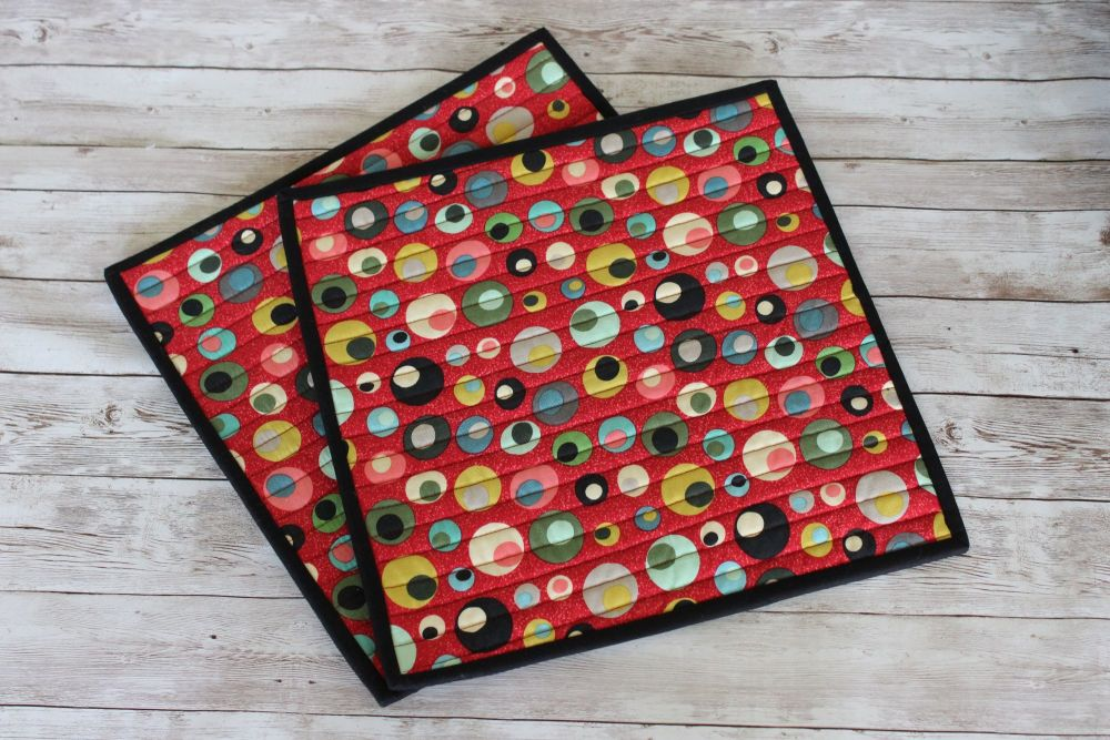 Set of Two Square Mid Mod Circles Red Quilted Place Mats