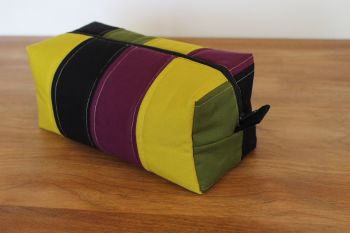A Dorset Patchworks Bits and Bobs  Box Pouch (Avocado, Eggplant and Pickle)