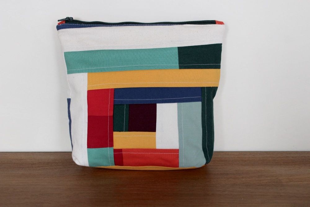 A Dorset Patchworks Bits and Bobs Quilted Pouch (Coloured Blocks Log Cabin)