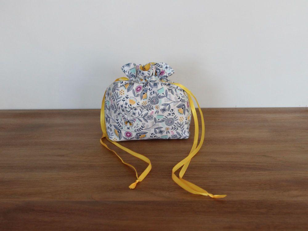 Summer Dance Drawstring Gift Bag(2)