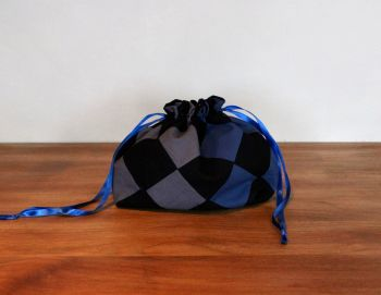 On Point Drawstring Gift Bag(3)