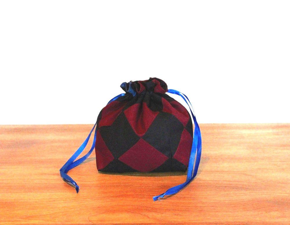 On Point Drawstring Gift Bag(4)