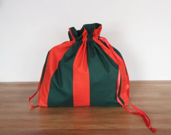 Christmas  Colours Drawstring Gift Bag(2)