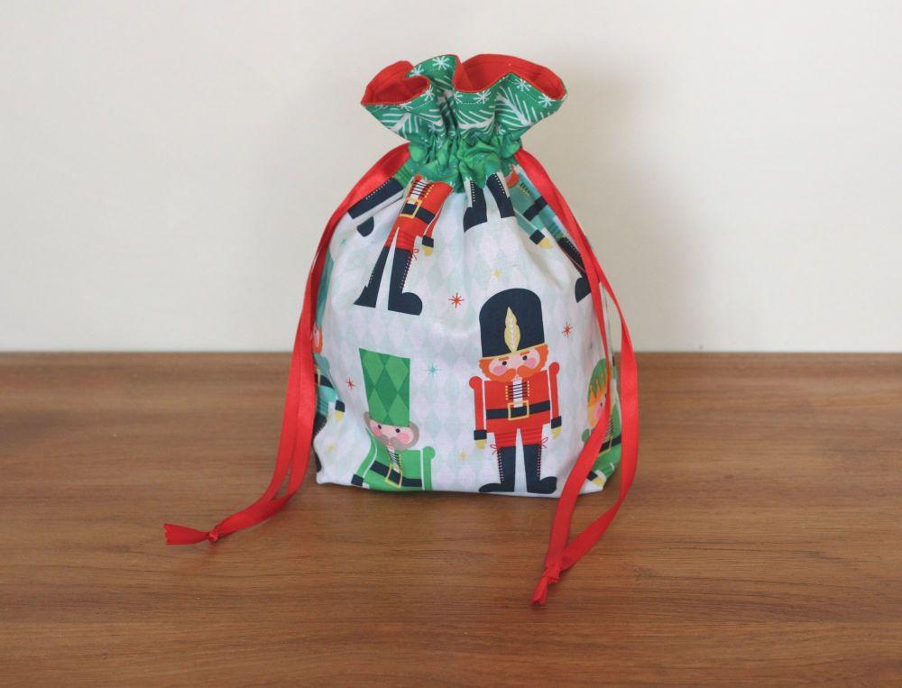Christmas Drawstring Gift Bag -Nutcracker Christmas(2)