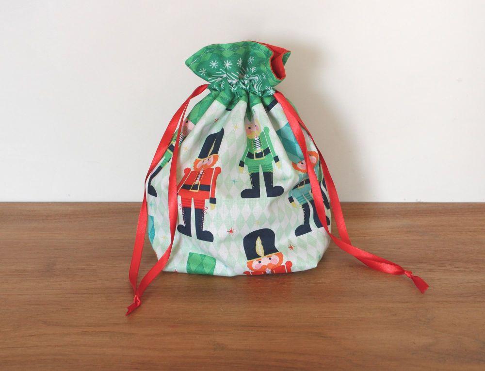 Christmas Drawstring Gift Bag -Nutcracker Christmas()4