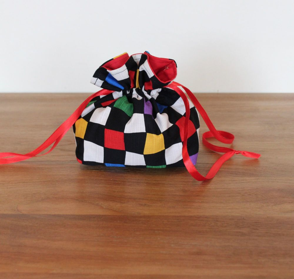 Chequerboard Drawstring Gift Bag(2)