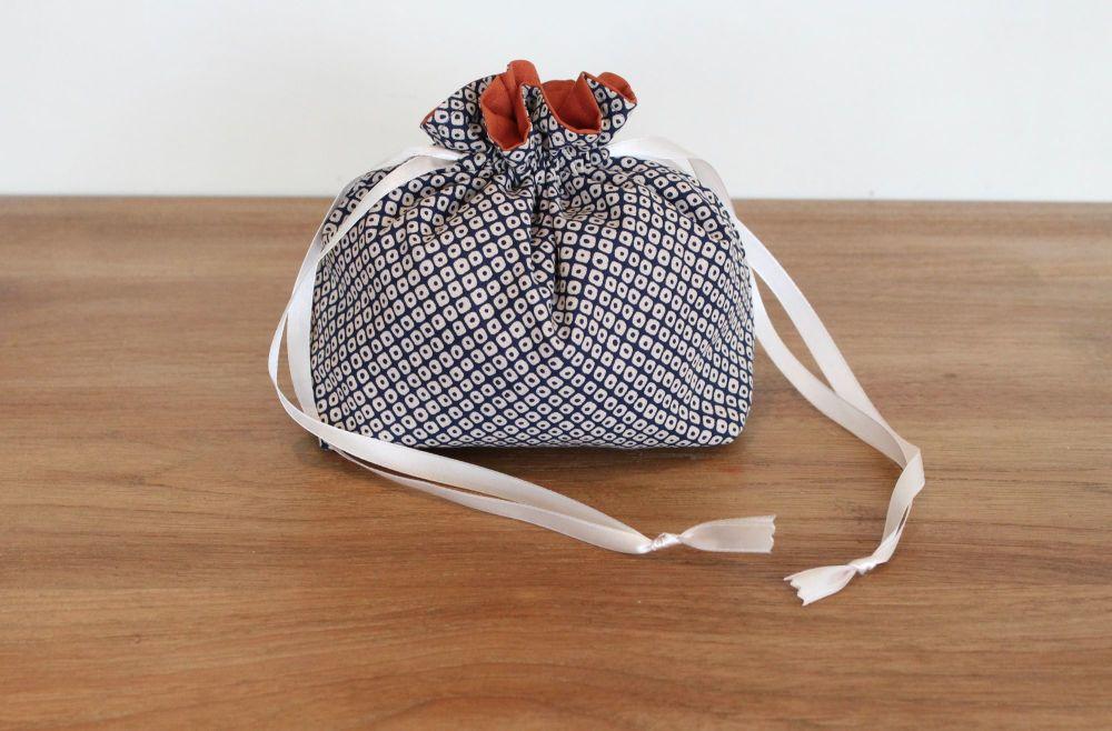 Kasuri Drawstring Gift Bag(1)