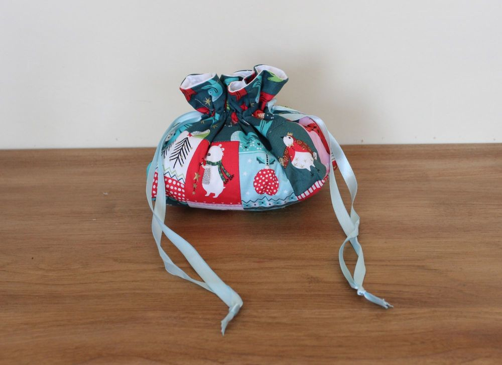 'Forest Friends' Christmas Drawstring Gift Bag(2)