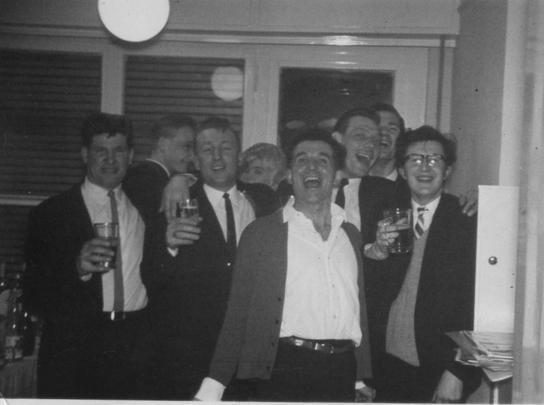 No18 Frank Stanfield, ?, Dennis Rylatt, Dennis Monahgan, ?, ?, ?.