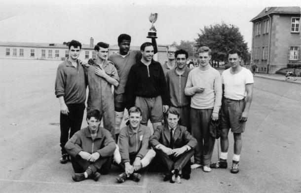 No 24 Tony? Cross, Eddie Lee?, Bazil Cambridge, Capt Wright, Frank Murray, Bob Parham, Ron Heslop. - At the front ?, Ray White, Capt Nick Hall.