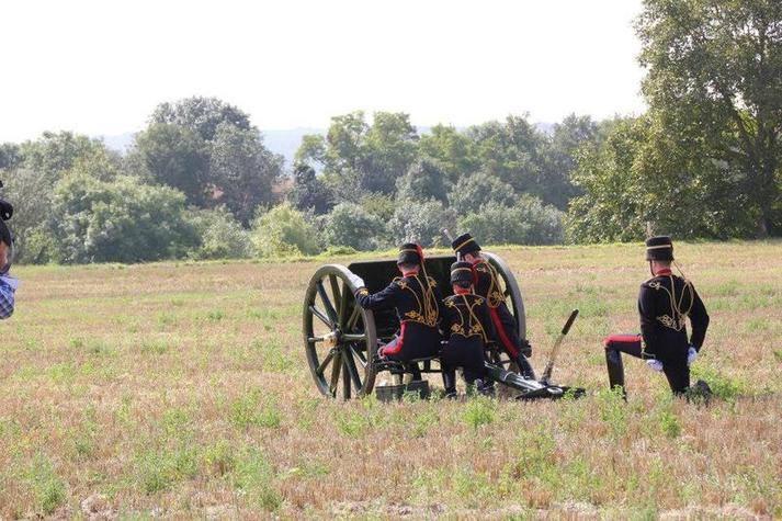 Kings Troop on Gun Position