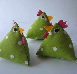 Handmade Apple Green 'Dotty' Hen with Hampshire Lavender