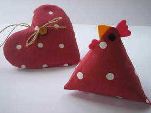 Handmade Cranberry 'Dotty' Hen with Hampshire Lavender