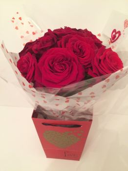 Beautiful Roses - NO foliage - never out of fashion - available in 12, 18, 24, 30, 36, 40 stems