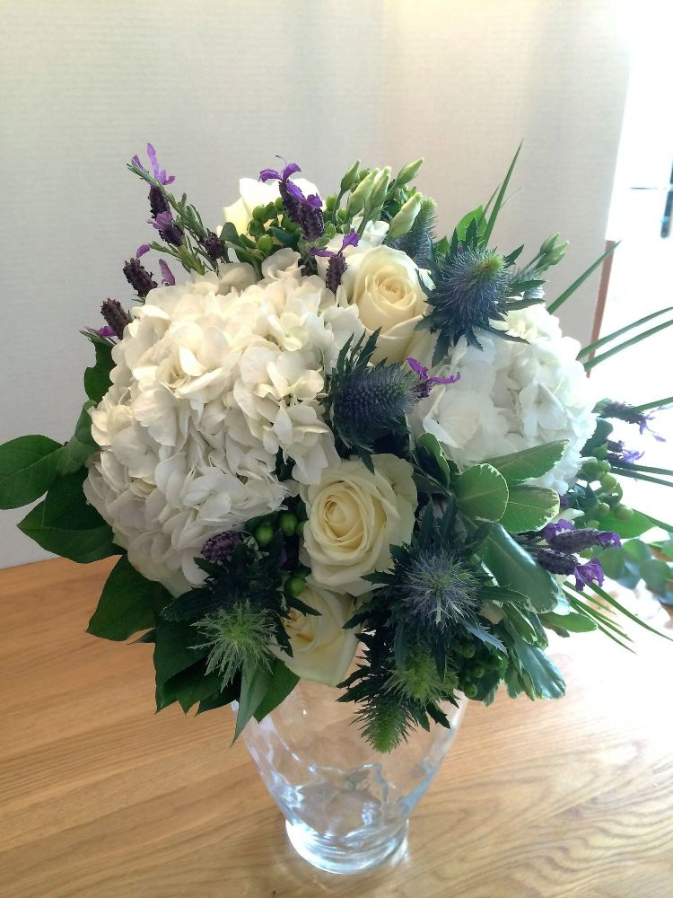 Classy Whites hand tied bouquet - Free same day local delivery - £35.00