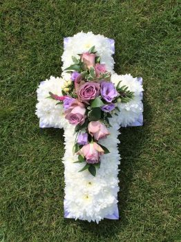 "18"" funeral cross tribute / wreath - Choice of colours available"