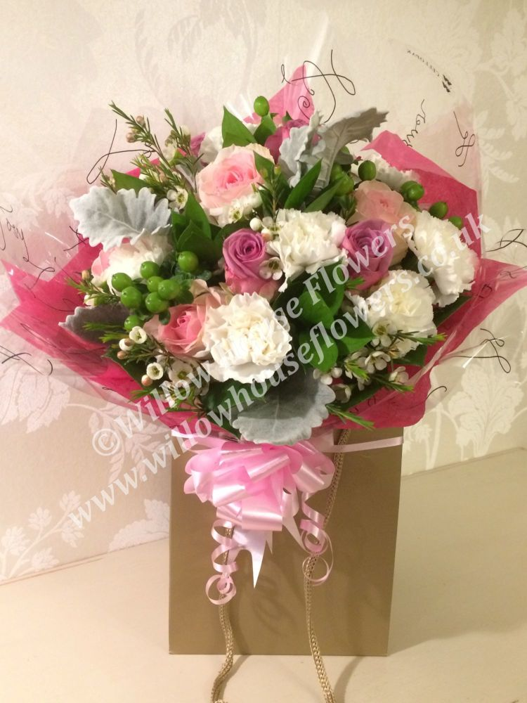 Pink Roses - beautiful luxury flower bouquet with NO liles - same day deliv
