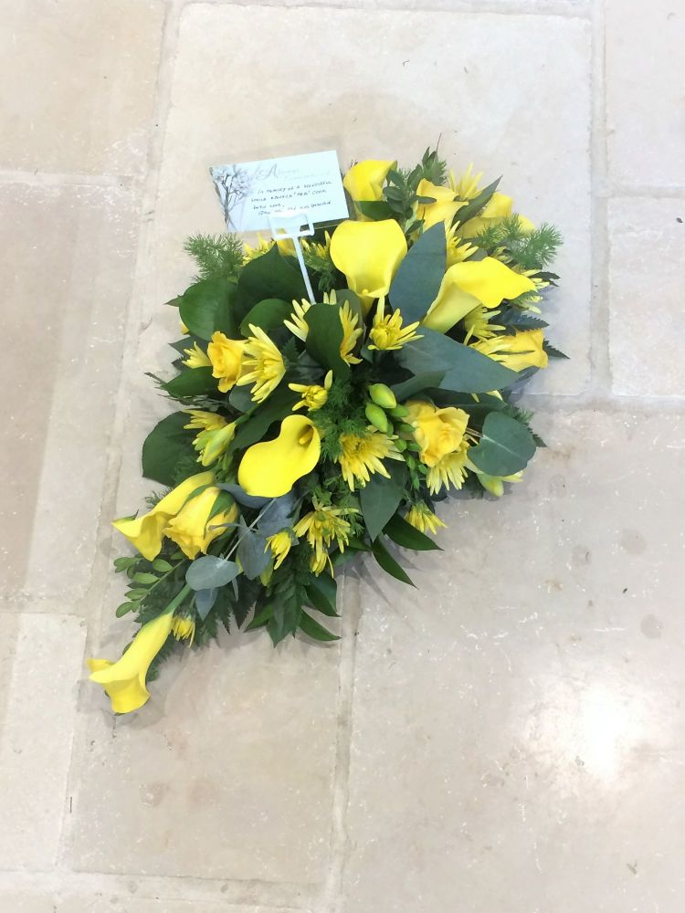 Single Ended funeral spray - yellow flowers calla lilies roses