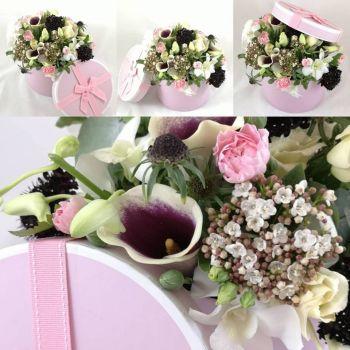 Deluxe, hatbox of premium blooms