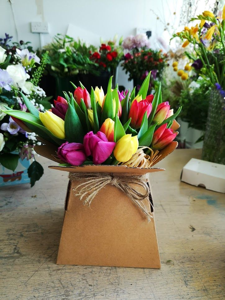 Beautiful spring fresh tulips hand tied in a vase - £27.99 FREE local deliv