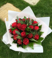 ALL Roses - beautiful luxury Red Rose bouquet - FREE delivery in Aylesbury, local towns and villages