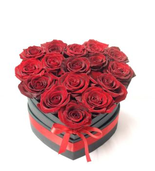 Luxury fresh red roses in a heart shaped box, guarantee a spectacular effect on Valentine's Day