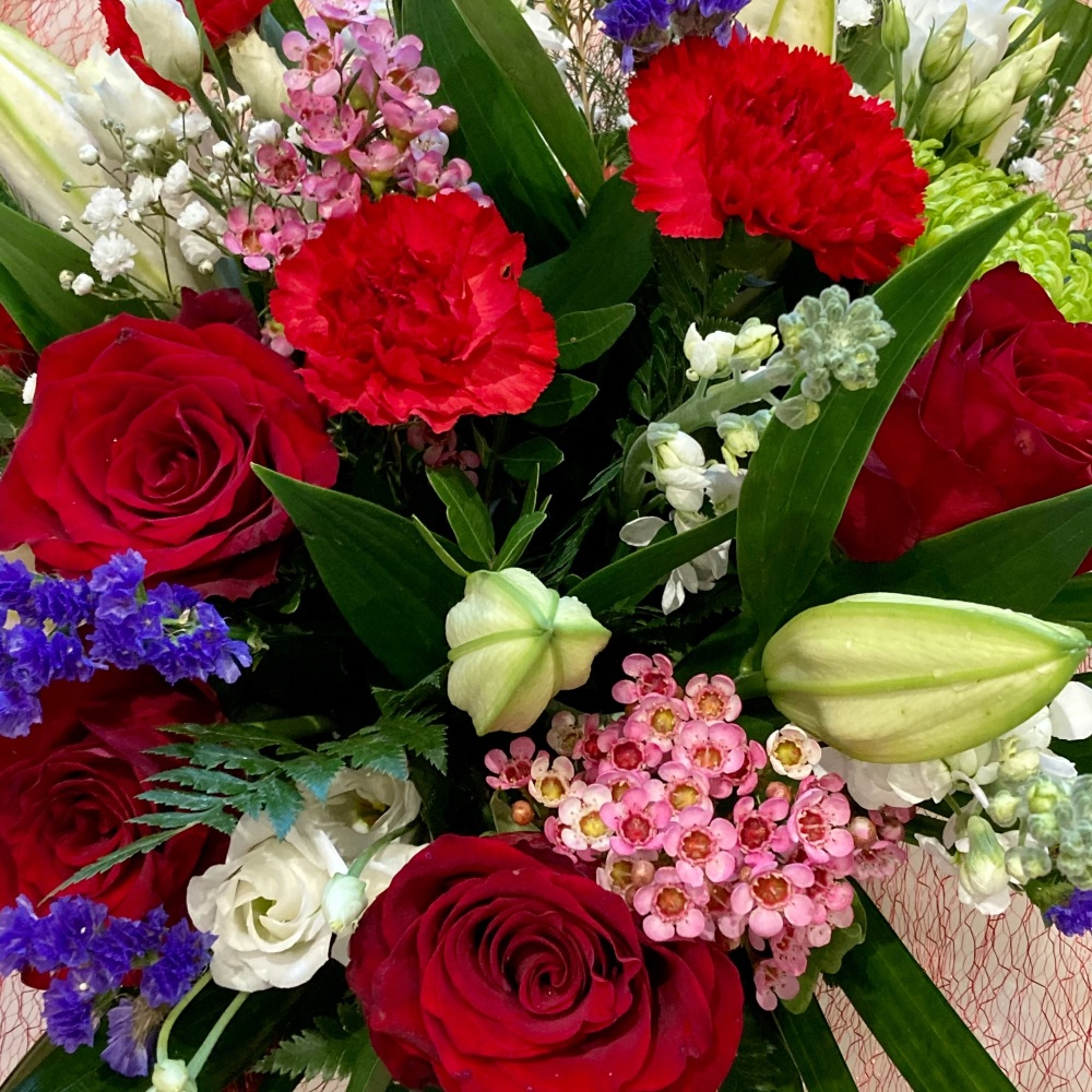 Beautiful luxury mixed bouquet - FREE delivery in Aylesbury, local towns an