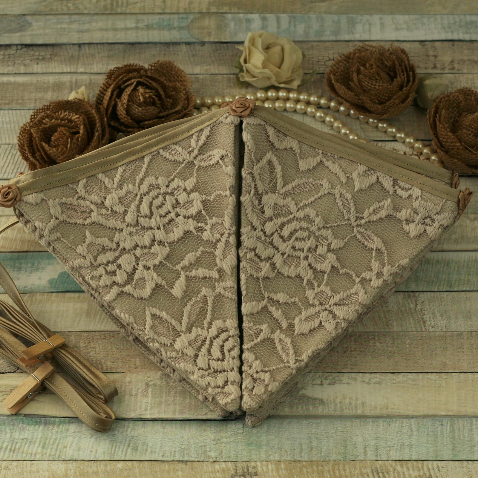 Lace fabric bunting