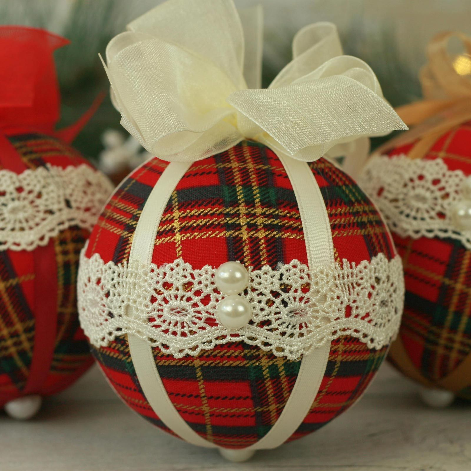 Traditional red tartan fabric Christmas baubles (6)