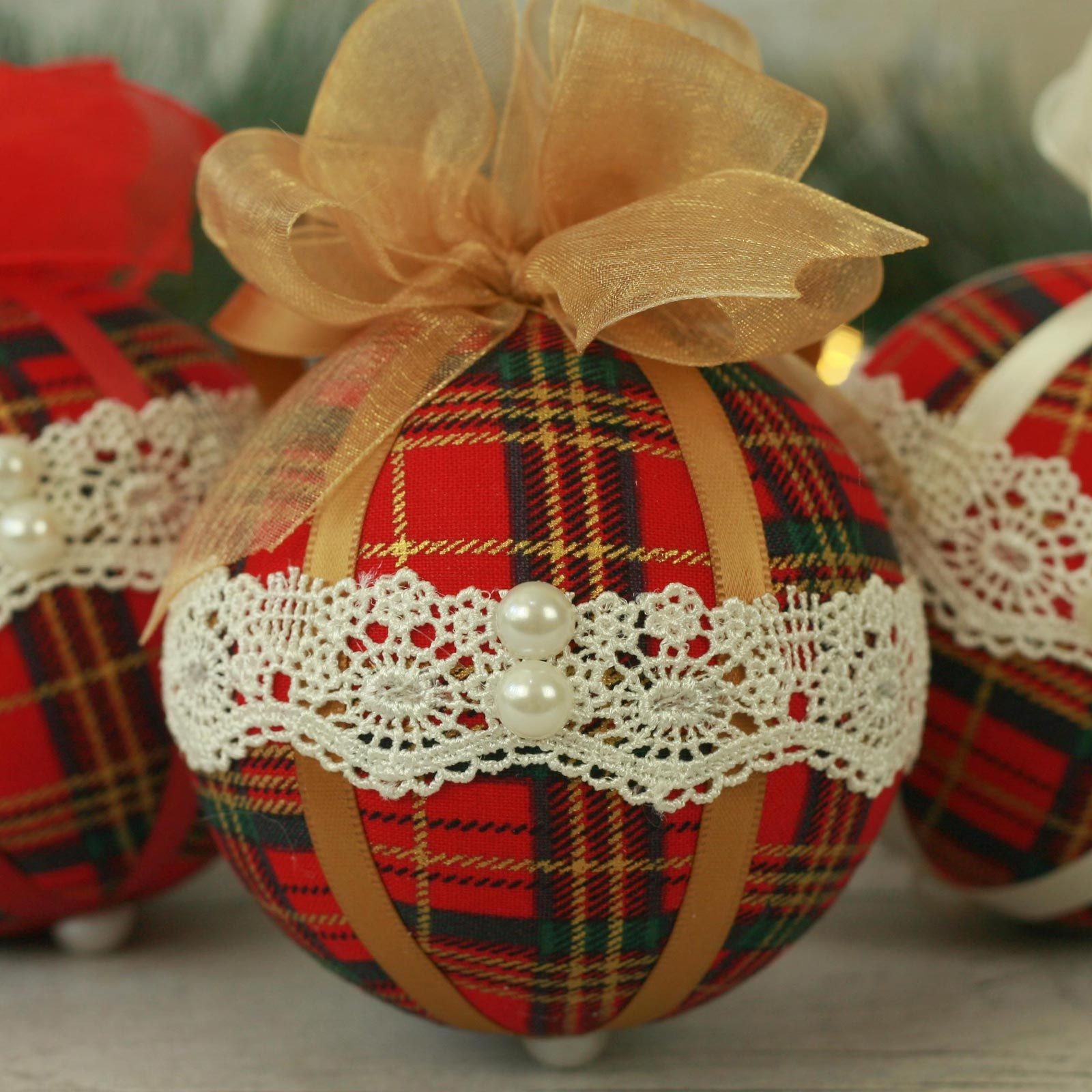 Traditional red tartan fabric Christmas baubles (1)