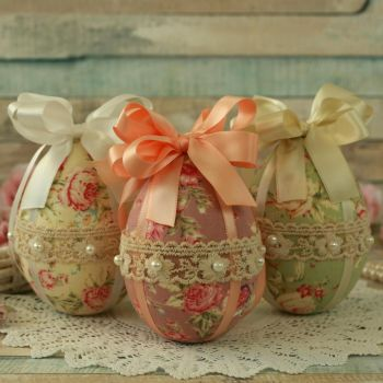 Vintage Style Easter Tree Decorations