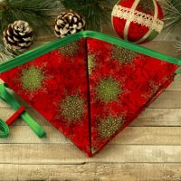 <!-- 030 -->Fabric Christmas Decoration: Festive Banner