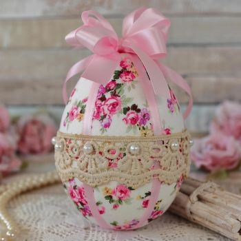 Shabby Chic Easter Egg Decoration
