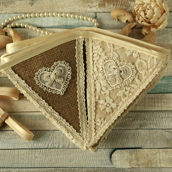 Hessian and Lace Vintage Wedding Decorations