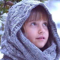 Winter Charcoal Snood Pattern