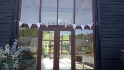 perfectly fitting bunting
