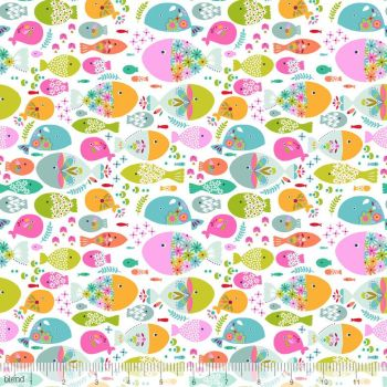 Blend Fabrics - Go Fish - Swimming with the Fishes in White, per fat quarter