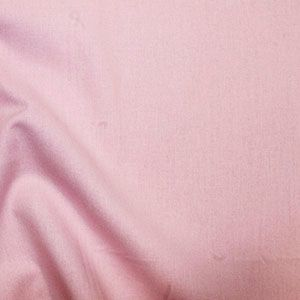 Rose & Hubble True Craft Cotton - Plain in Pink - 29, per fat quarter