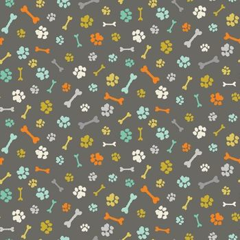 Makower UK - A Walk in the Park - Paw Prints on Grey