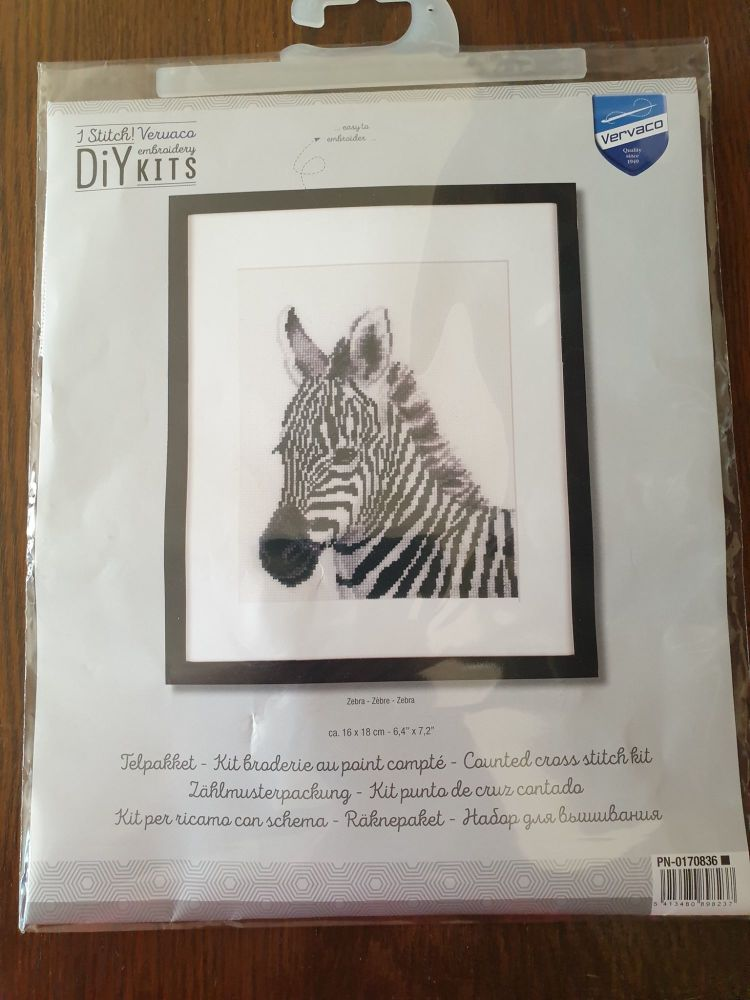 <!--9910 -->Vervaco Cross Stitch Kit - Zebra