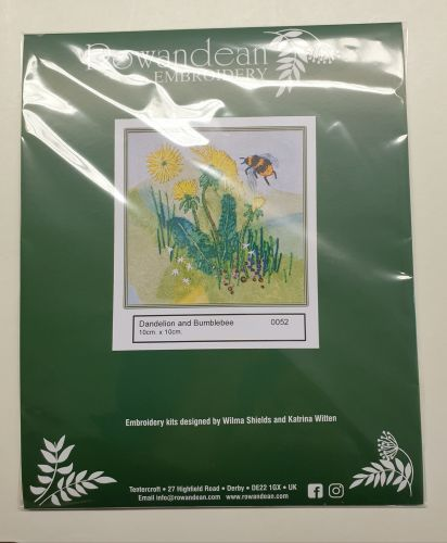 <!--9934 -->Rowandean Embroidery Kit - Dandelion & Bumblebee 0052 (with be