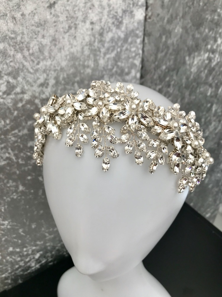 Elegant Crystal Bridal Headpiece Livia.
